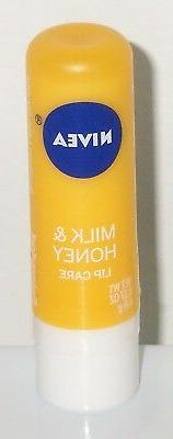 Nivea A Kiss Of Soothing Lip Care Balm - MILK & HONEY - 0.17