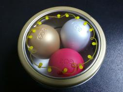 eos Limited Edition Holiday Organic Lip Balm 3 Pack. Chai, F